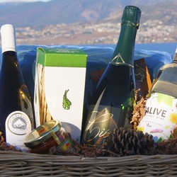 3 Bottle Gift Basket - White Wine